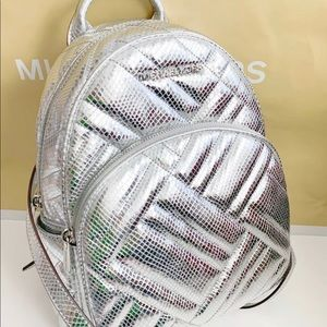 🆕Michael Kors NWT abbey silver metallic backpack